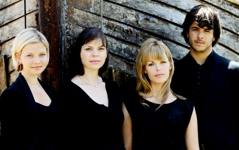 M09 Chiaroscuro Quartet.jpg