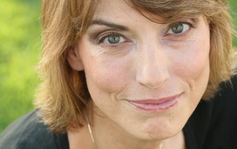 Jennifer Ouelette