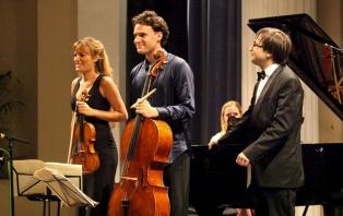 Benedetti Elschenbroich Grynyuk Trio (image: Anna Lythgoe)